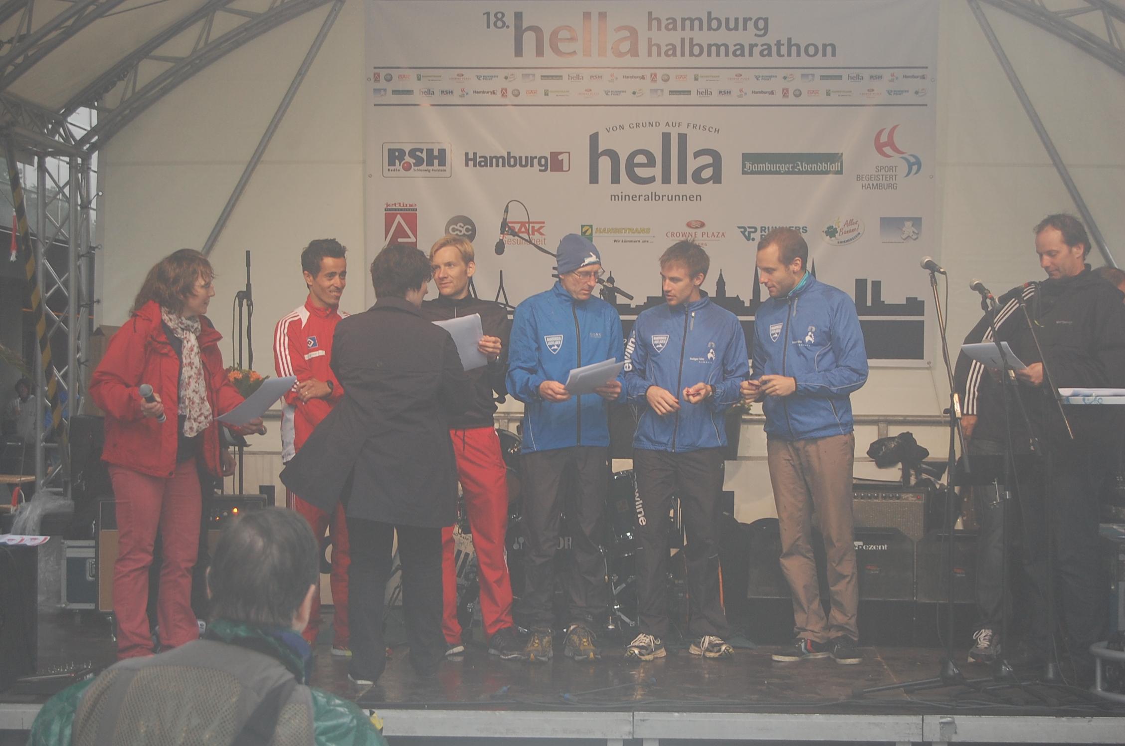 18. hella Halbmarathon: Siegerehrungen Hamburger Meisterschaft Männer Mannschaft